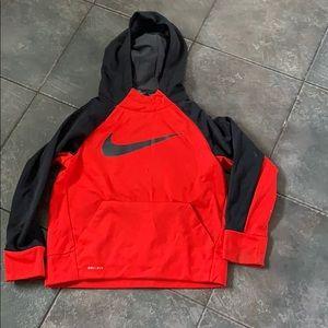 Nike Boys Drifit Hoodie - small
